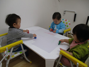 茨城県つむぎ保育園龍ヶ崎園 室内遊び写真