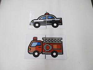 茨城県つむぎ保育園龍ヶ崎園 カード遊びの写真