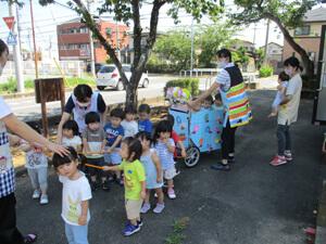 茨城県つむぎ保育園龍ヶ崎園 山車引き写真