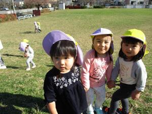 茨城県つむぎ保育園龍ヶ崎園 芝生写真
