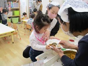 茨城県つむぎ保育園龍ヶ崎園  給食 こども写真