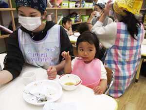 茨城県つむぎ保育園龍ヶ崎園 園児食事写真