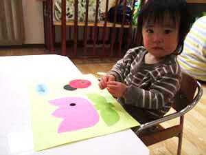 茨城県つむぎ保育園龍ヶ崎園 園児制作遊び写真