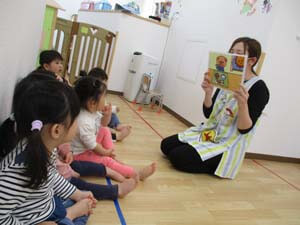 茨城県つむぎ保育園龍ヶ崎園 食育園児先生写真